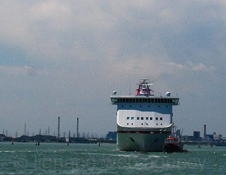 Круиз линии корабль в Венеции